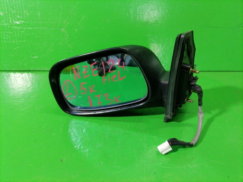 Зеркало Toyota Fielder NZE124 левое (б/у)