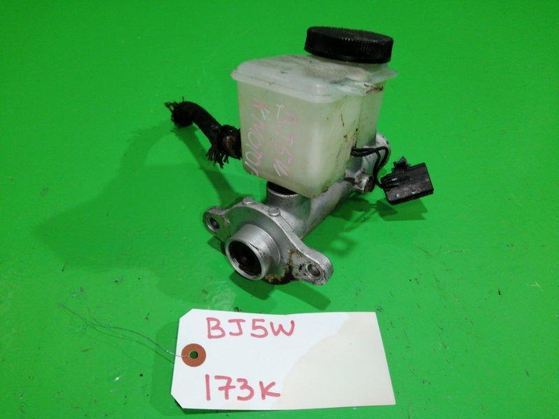 Главный цилиндр сцепления Mazda Familia BJ5W (б/у)