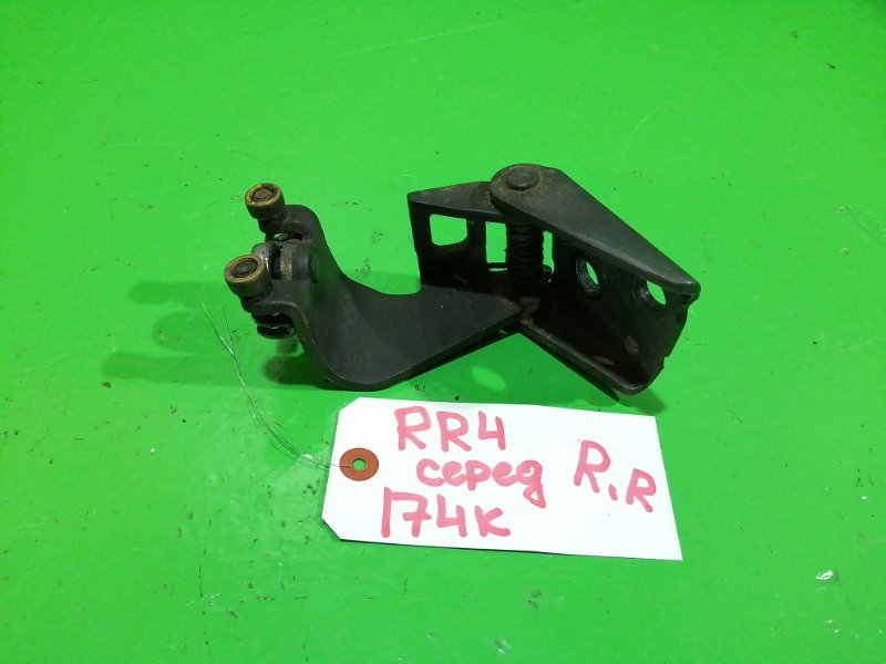 Ролик раздвижной двери Honda Elysion RR4 задний правый (б/у)