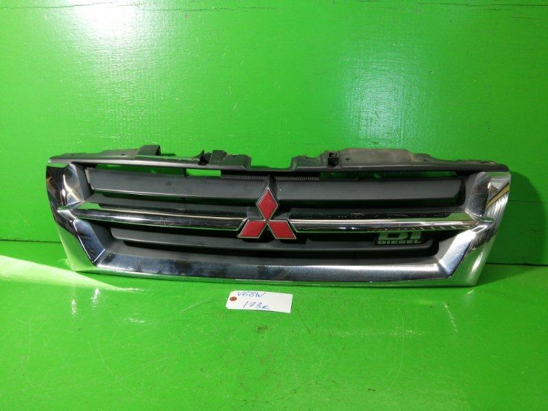 Решетка радиатора Mitsubishi Pajero V68W (б/у)