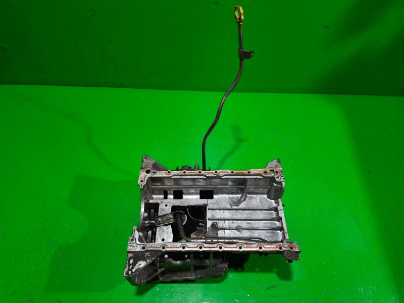 Поддон Isuzu Elf NPR85 4JJ1-T 2010 (б/у)
