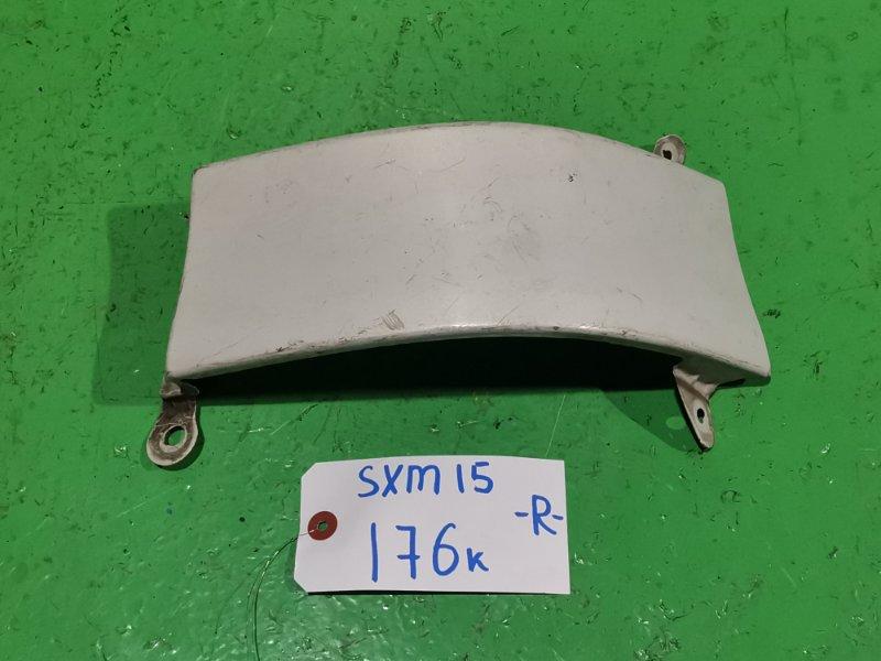 Планка под стоп Toyota Ipsum SXM15 правая (б/у)
