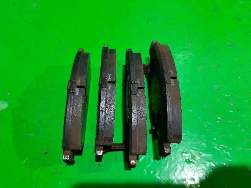 Тормозные колодки Honda Integra DB6 переднее (б/у)