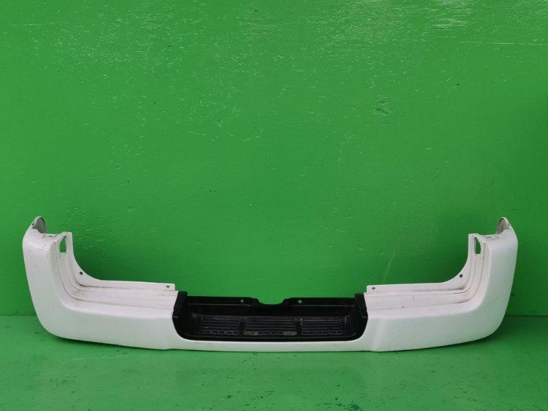 Бампер Nissan Caravan E25 задний (б/у)