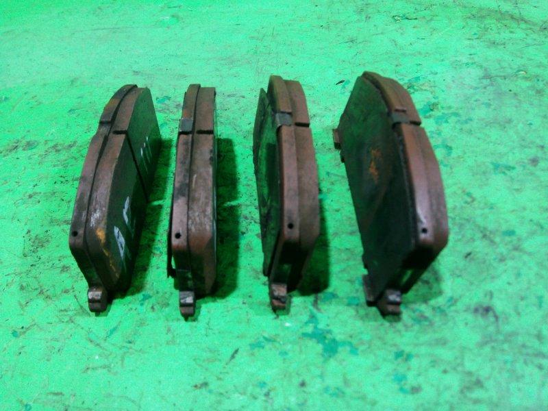 Тормозные колодки Toyota Spacio AE111 переднее (б/у)