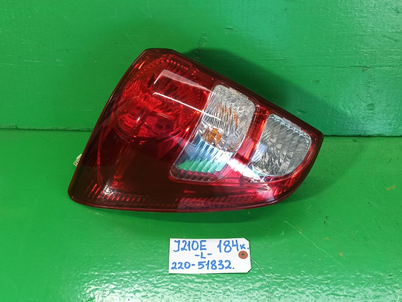 Стоп-сигнал Toyota Rush J210E левый (б/у)
