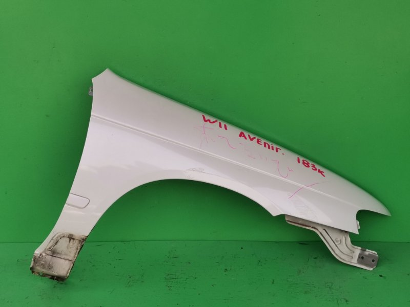 Крыло Nissan Avenir W11 переднее правое (б/у)