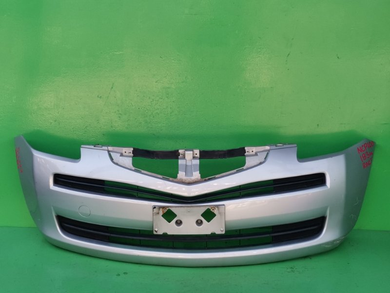 Бампер Toyota Ractis NCP100 передний (б/у)