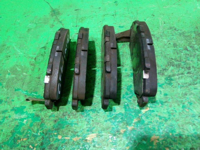 Тормозные колодки Honda Accord CF4 переднее (б/у)