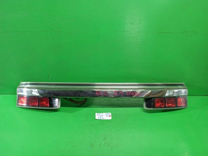 Вставка между стопов Honda Step Wagon RG2 (б/у) 2 мод.