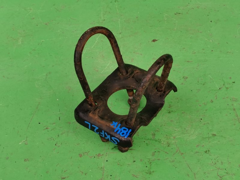 Стремянка рессоры Mazda Bongo SKF2L задняя (б/у)