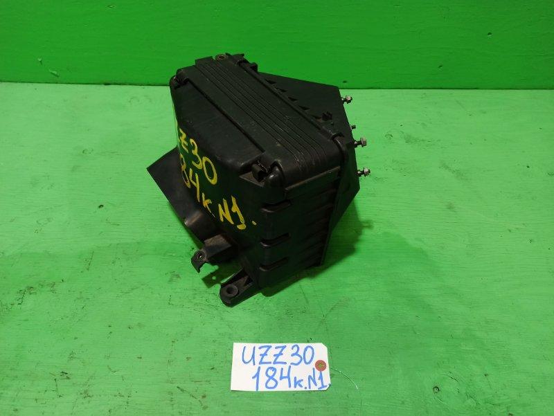 Корпус воздушного фильтра Toyota Soarer UZZ30 (б/у) №1