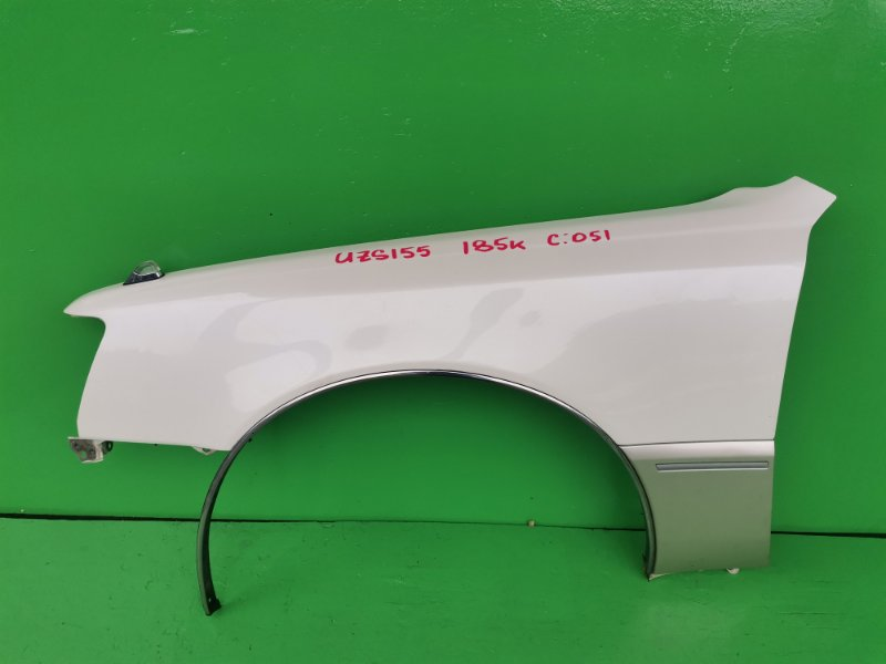 Крыло Toyota Crown Majesta UZS155 переднее левое (б/у)