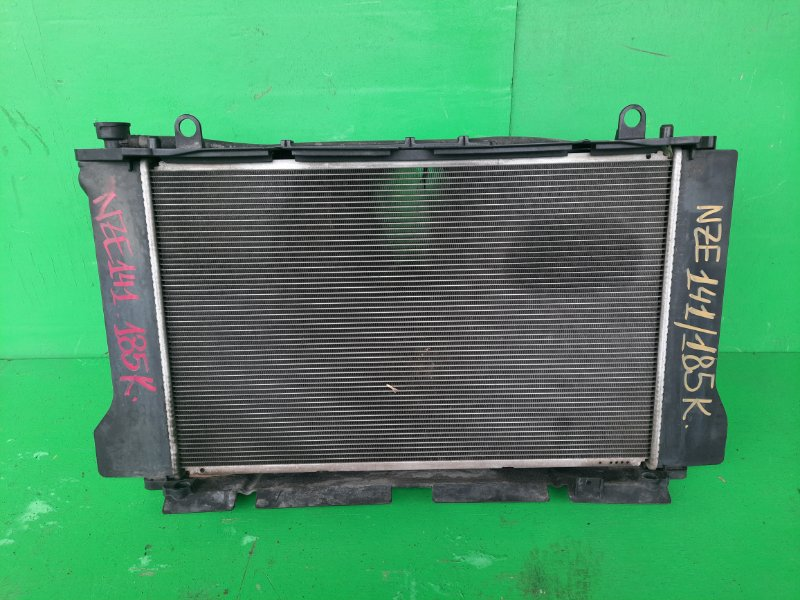 Радиатор основной Toyota Corolla Axio NZE141 1NZ-FE (б/у)