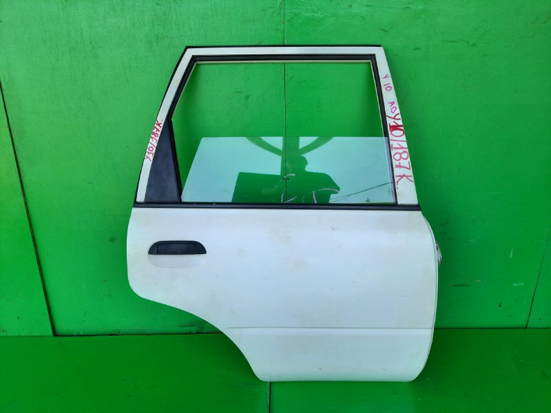 Дверь Nissan Ad Y10 задняя правая (б/у)