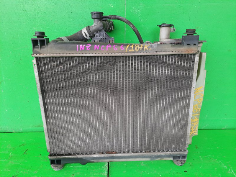 Радиатор основной Toyota Ist NCP65 1NZ-FE (б/у)