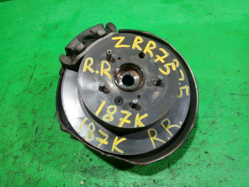 Ступица Toyota Noah ZRR75 задняя правая (б/у)