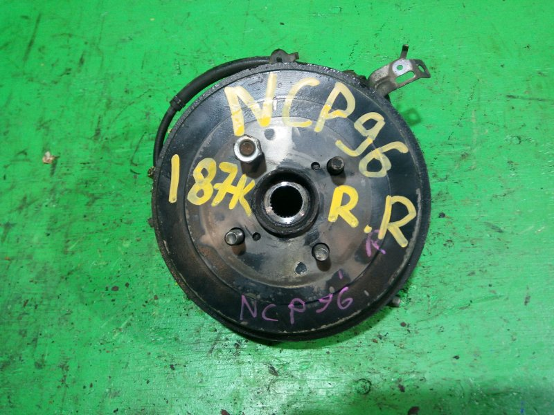 Ступица Toyota Belta NCP96 задняя правая (б/у)