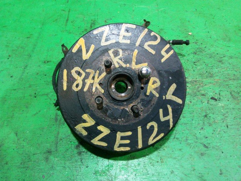 Ступица Toyota Spacio ZZE124 задняя левая (б/у)