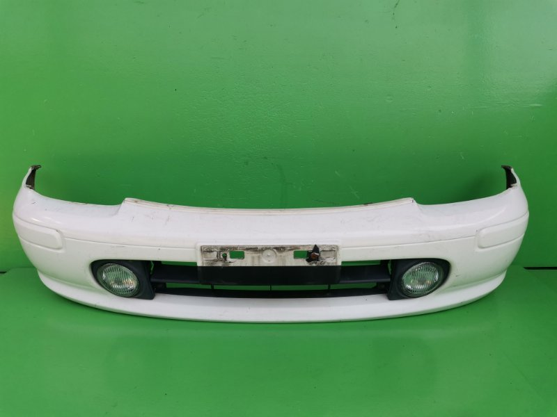 Бампер Nissan March K11 передний (б/у)