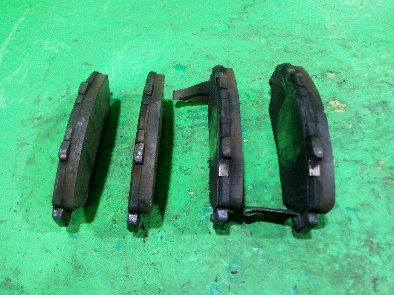Тормозные колодки Honda Step Wagon RF2 переднее (б/у)