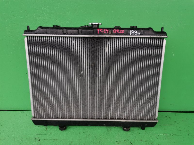 Радиатор основной Nissan Serena C24 QR20-DE (б/у)