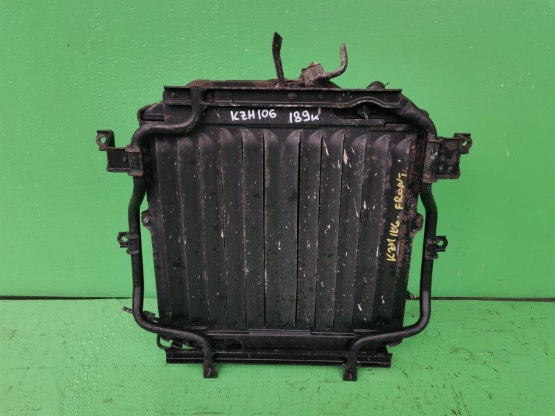 Радиатор основной Toyota Hiace KZH106 1KZ-TE (б/у)