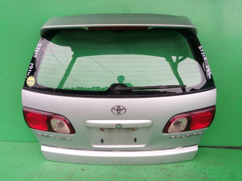 Дверь задняя Toyota Caldina ST215 (б/у)