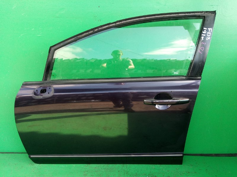 Дверь Honda Civic FD3 передняя левая (б/у)