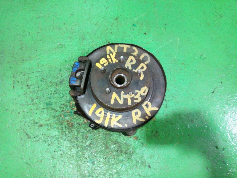 Ступица Nissan Xtrail NT30 задняя правая (б/у)
