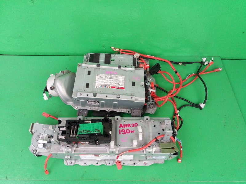 Батарея Toyota Estima AHR20 (б/у)