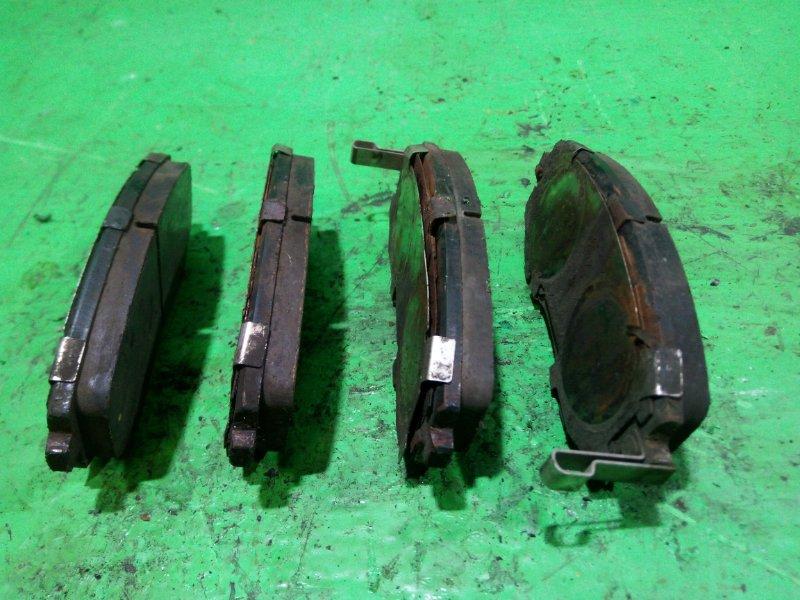 Тормозные колодки Subaru Forester SH5 переднее (б/у)