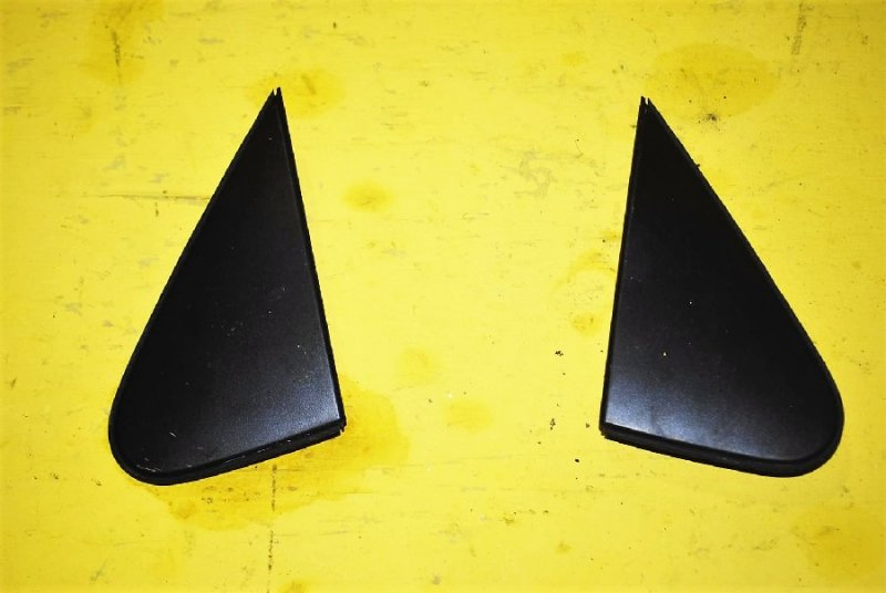 Треугольники зеркал Toyota Allion ZRT260 правые (б/у)