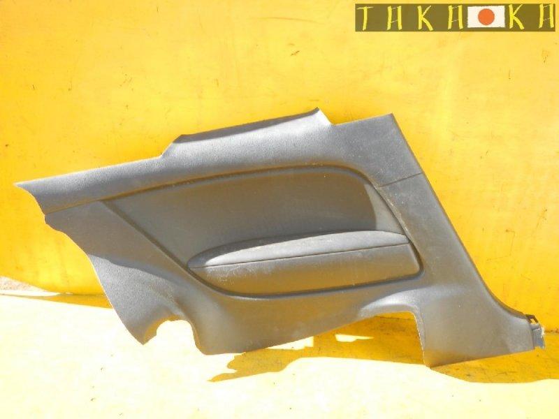 Обшивка салона Nissan Skyline CKV36 задняя правая (б/у)
