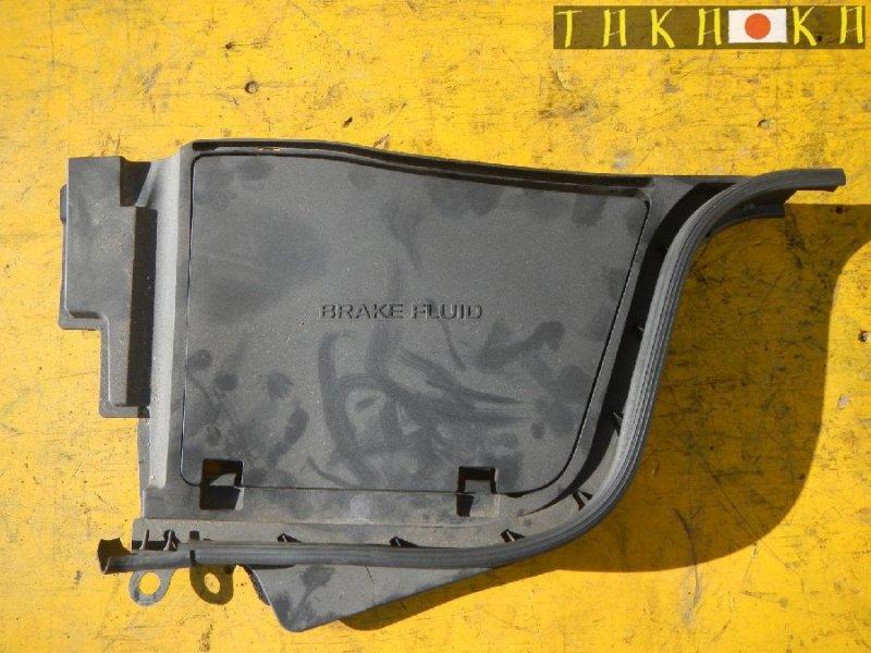 Защита под капот Nissan Skyline CKV36 передняя правая (б/у)