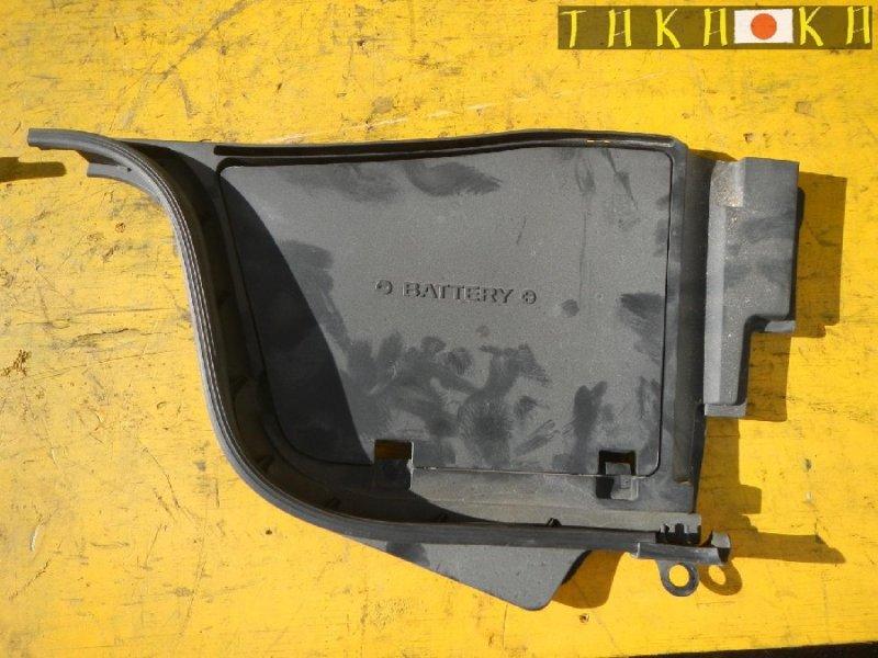 Защита под капот Nissan Skyline CKV36 передняя левая (б/у)