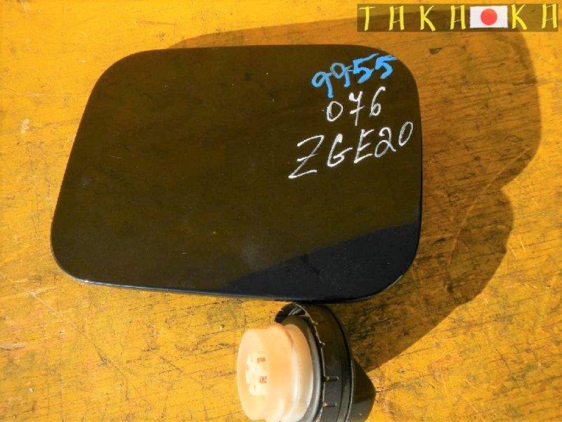 Лючок бензобака Toyota Wish ZGE20 (б/у)