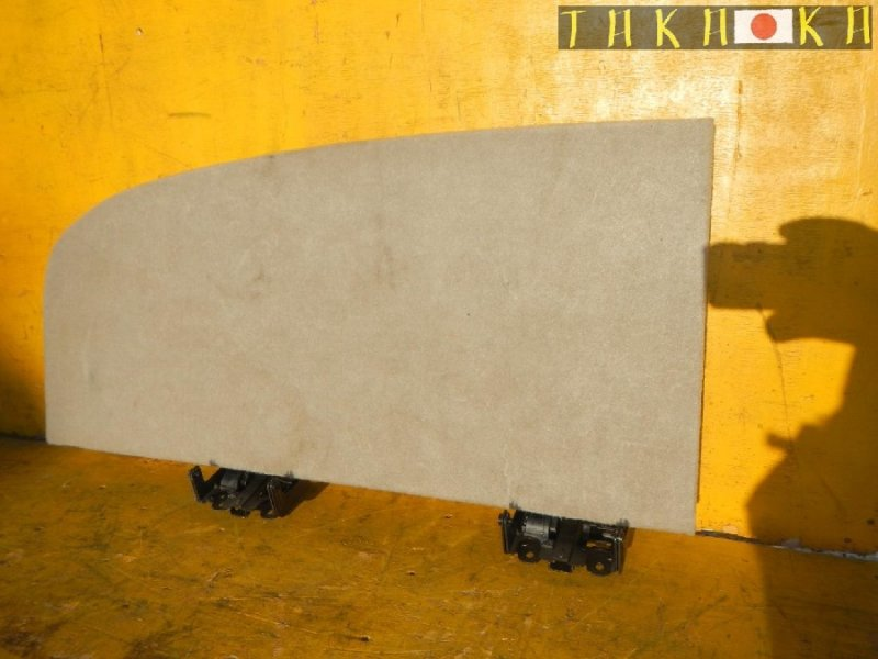Обшивка багажника Toyota Harrier ACU30 правая (б/у)
