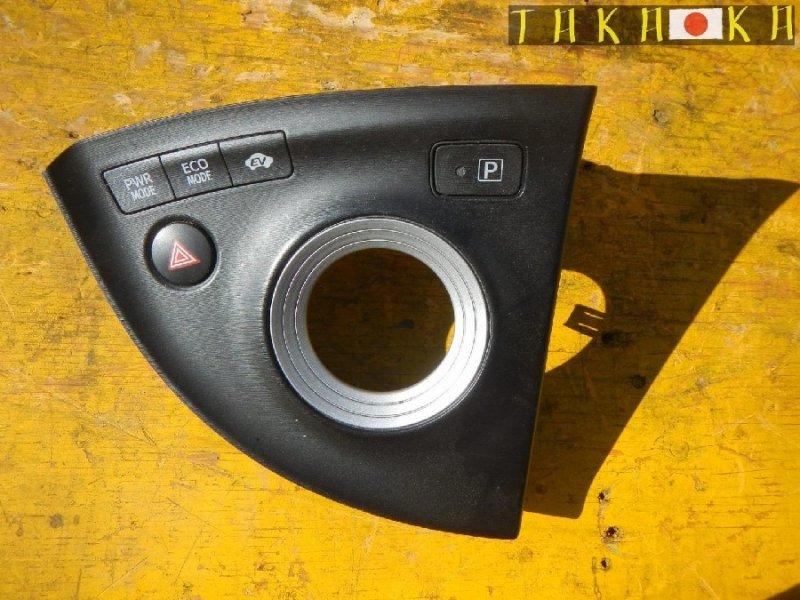 Консоль кпп Toyota Prius ZVW30 (б/у)