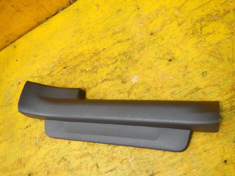 Порожек пластиковый Toyota Sai AZK10 задний правый (б/у)