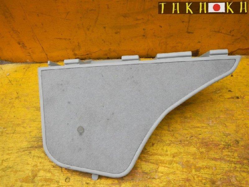 Обшивка багажника Toyota Prius ZVW30 правая (б/у)
