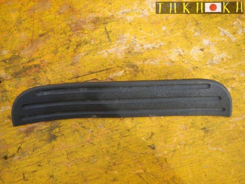 Порожек пластиковый Toyota Rav4 ACA31 задний левый (б/у)