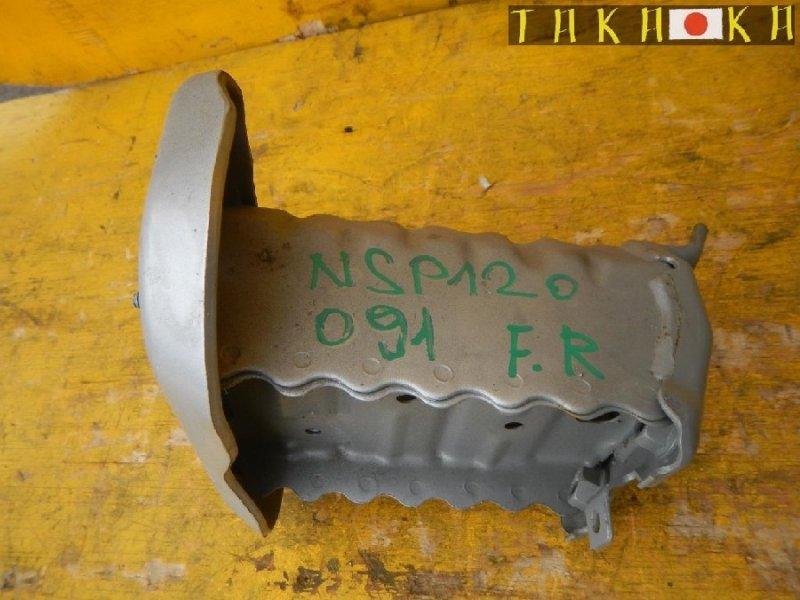 Кронштейн усилителя бампера Toyota Ractis NCP120 передний правый (б/у)