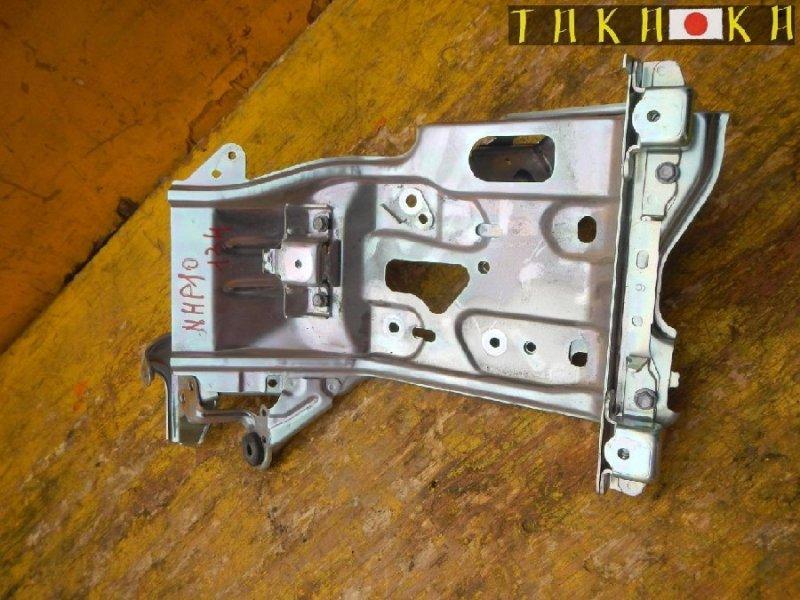 Крепление инвертора Toyota Aqua NHP10 (б/у)