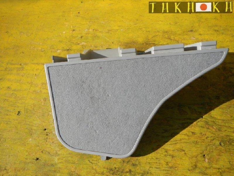 Обшивка багажника Toyota Prius ZVW30 задняя правая (б/у)