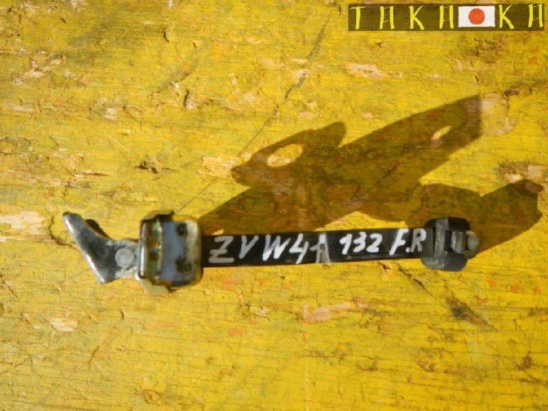 Ограничитель двери Toyota Prius Alpha ZVW41 передний правый (б/у)