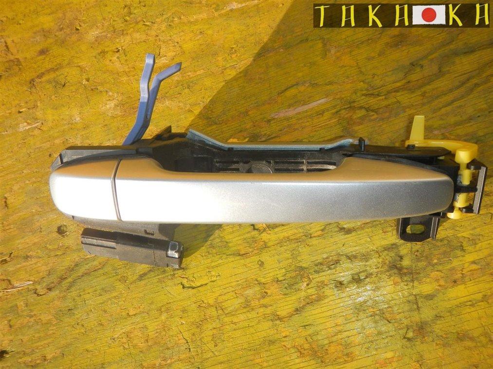 Ручка двери Toyota Prius ZVW30 2ZRFXE задняя левая (б/у)