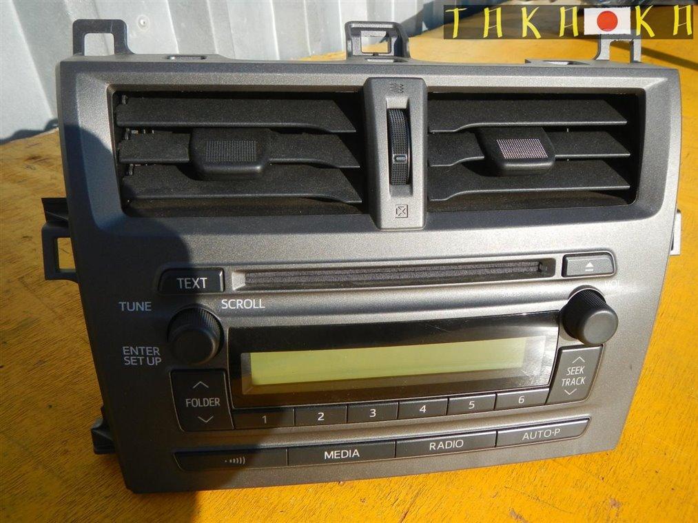 Магнитофон Toyota Ractis NCP120 1NRFE (б/у)