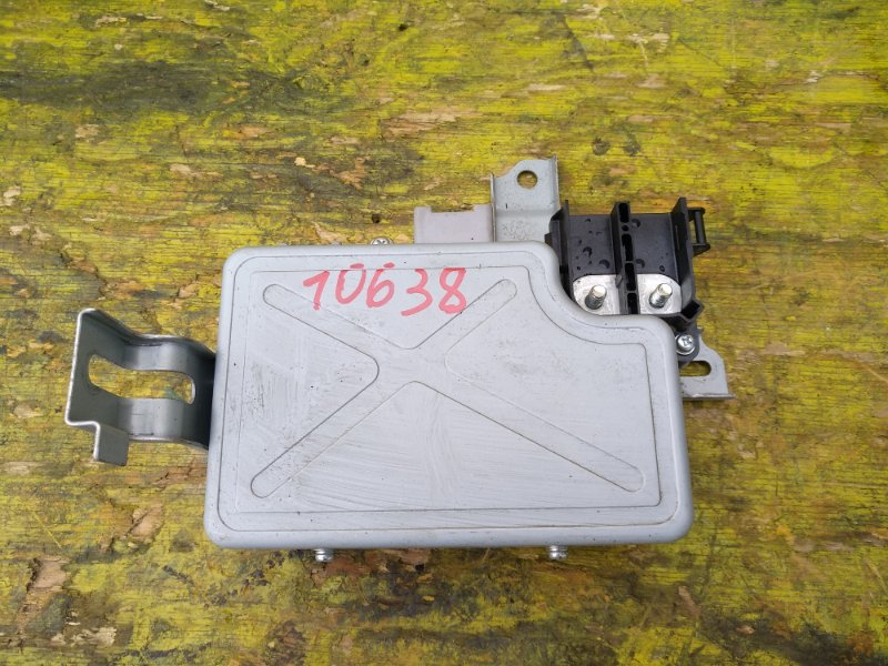 Электронный блок Honda Fit GP6 L13B передний (б/у)