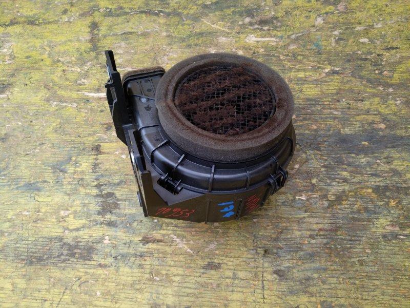 Мотор охлаждения батареи Toyota Aqua NHP10 1NZFXE задний (б/у)